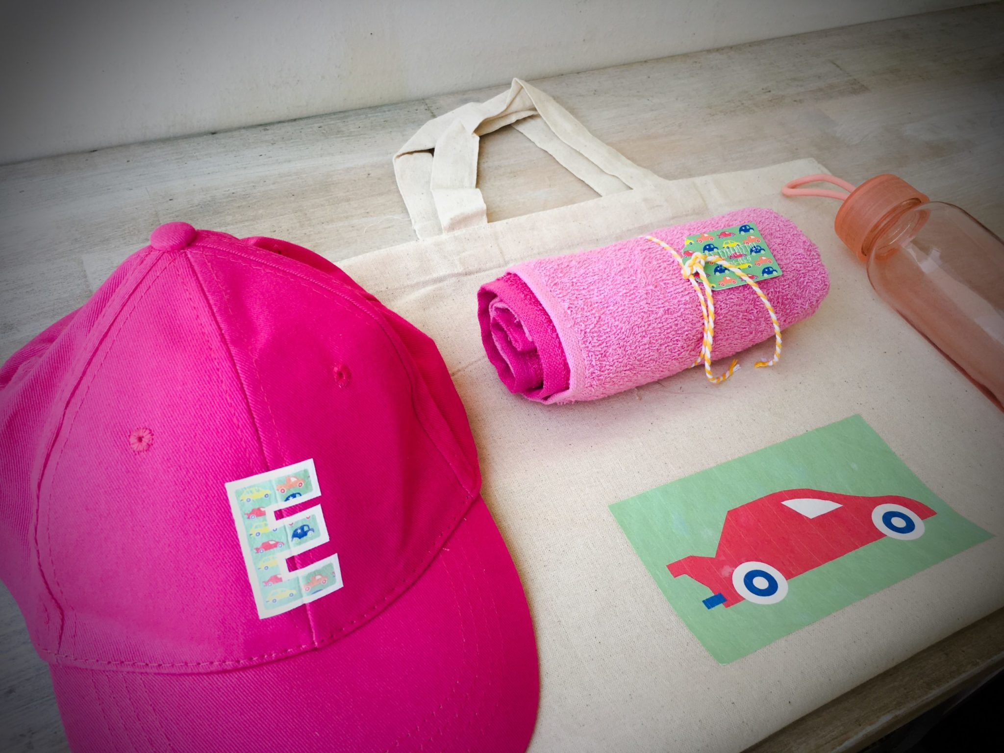 Cars-party-girls gift bag-contents