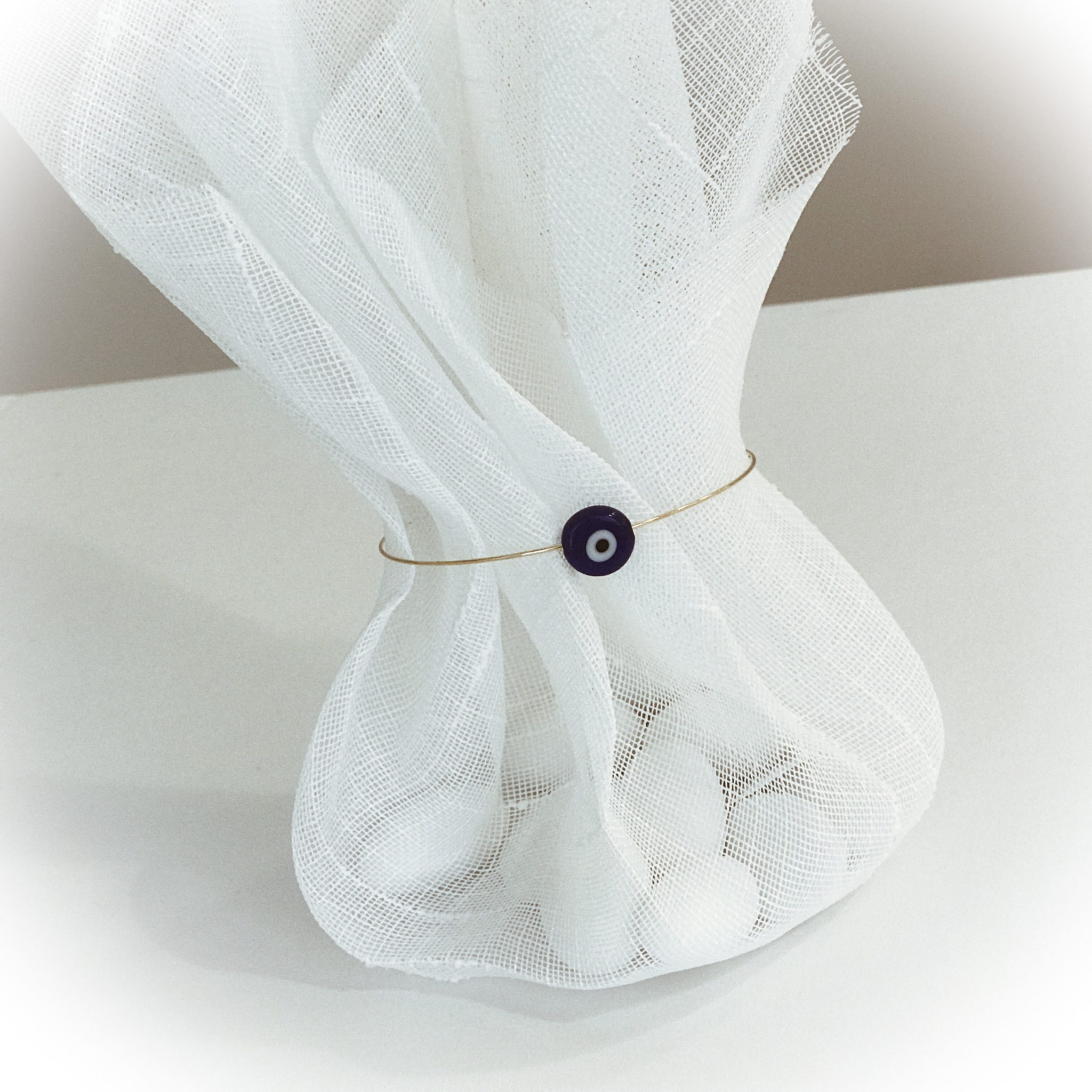 Elegance-wedding favor-close up
