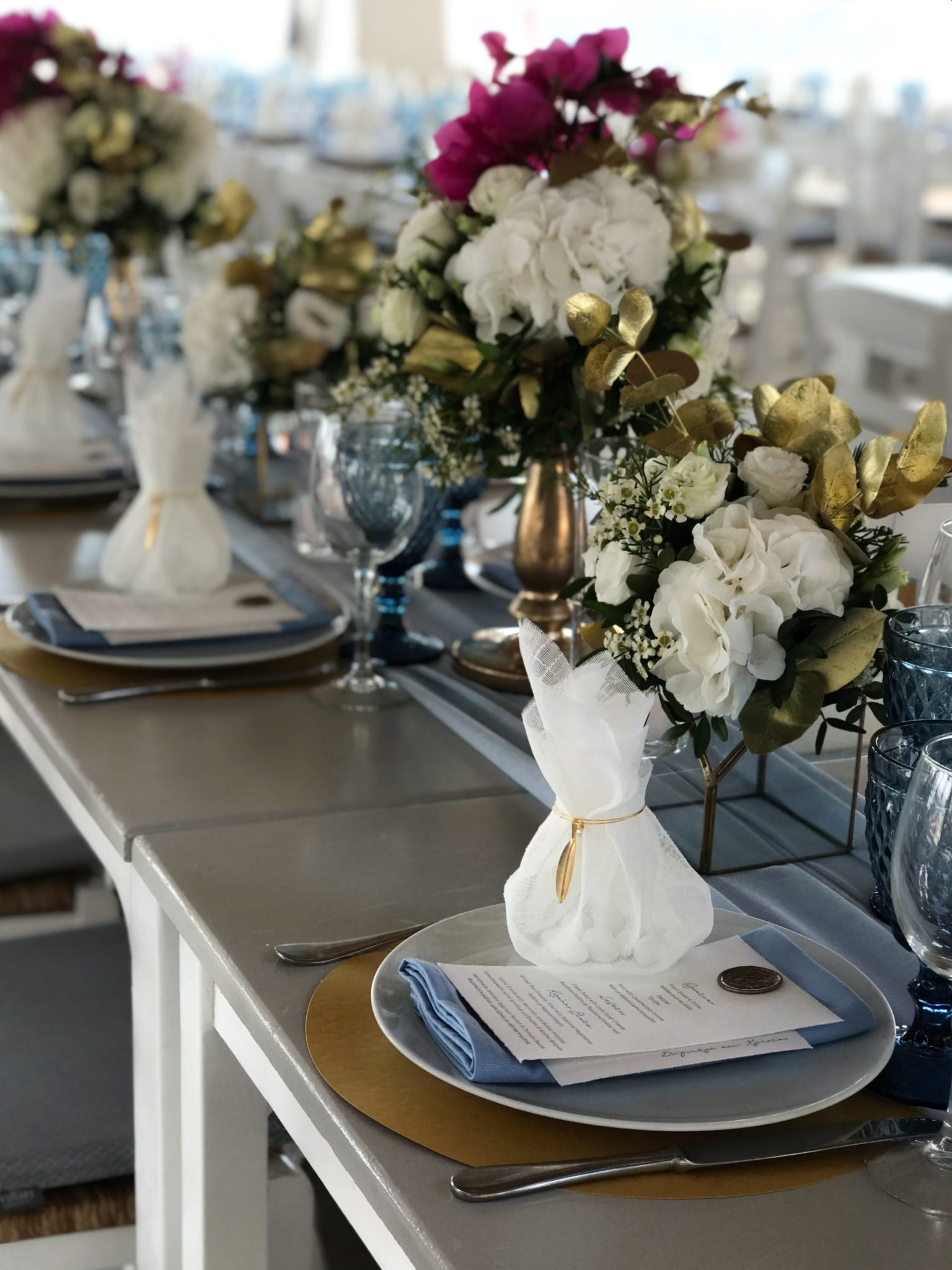 Golden Leaves-wedding favors-set up
