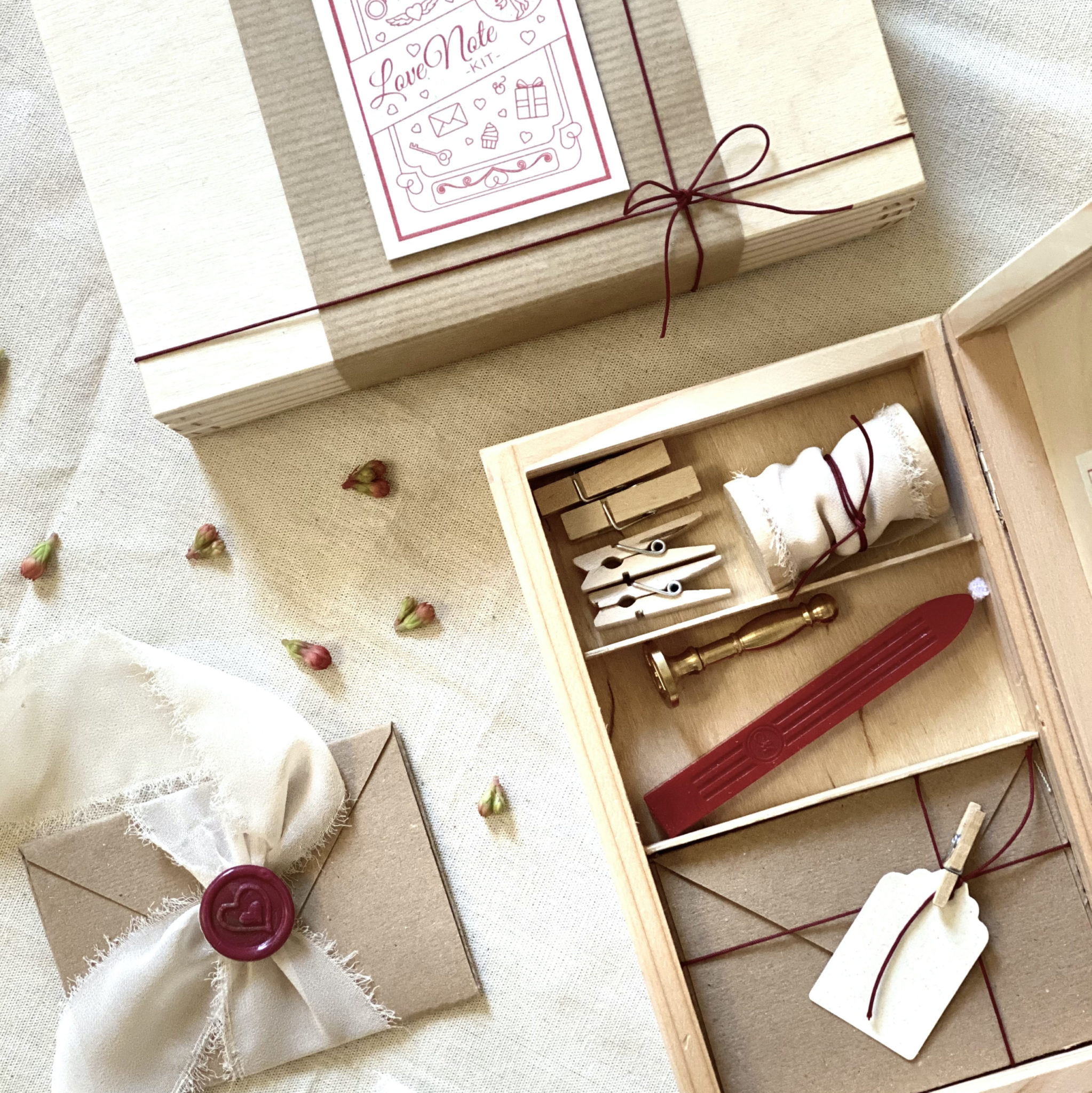 Love-Note-Kit-special-occasion-valentines-day-gift-box-contents-wax-seal-heart-stamp-envelope