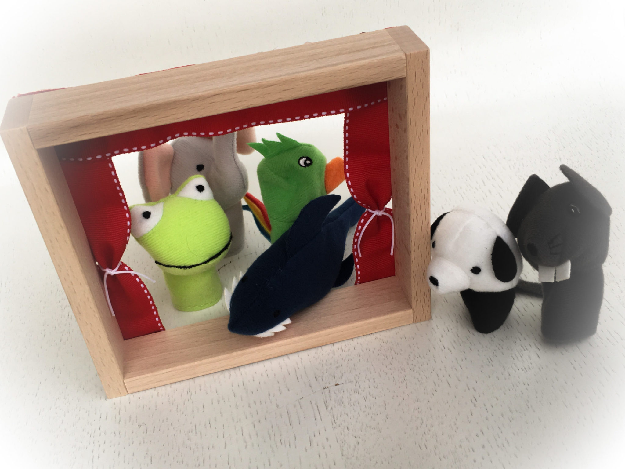 Meet The Muppets-party gift-close up