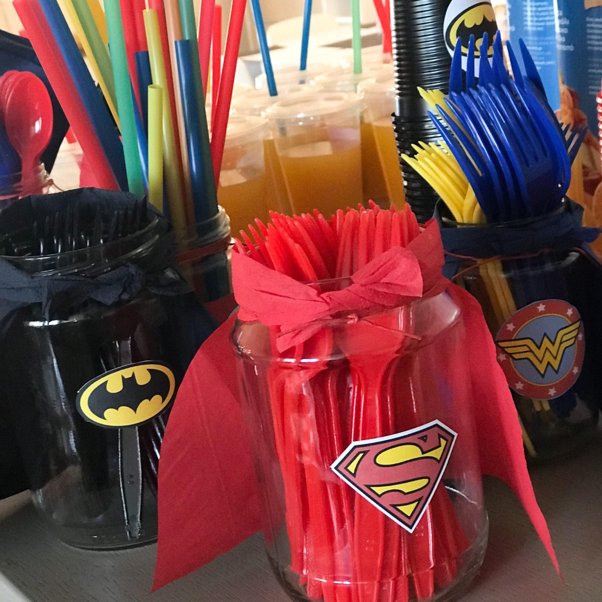 Super Heroes-party-decoration-details