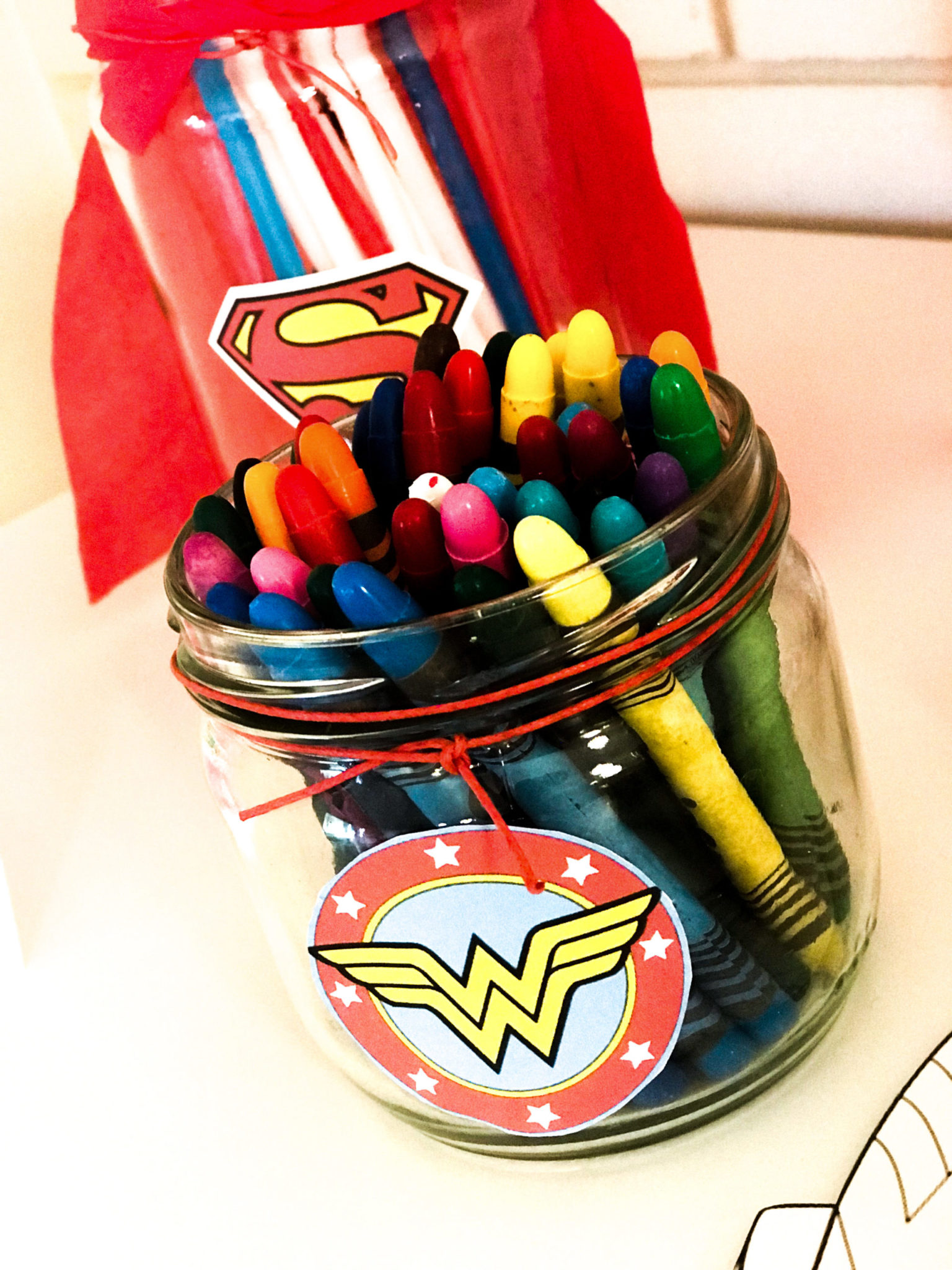 Super Heroes-party-kids activity-crayons