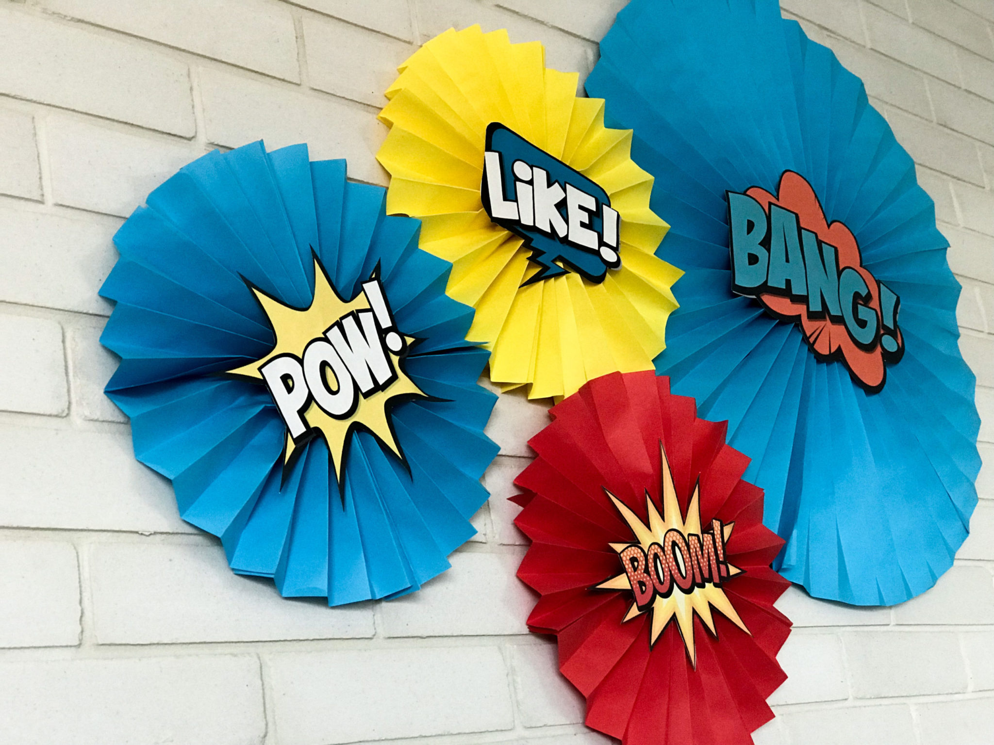 Super Heroes-party-paper fan wall decoration