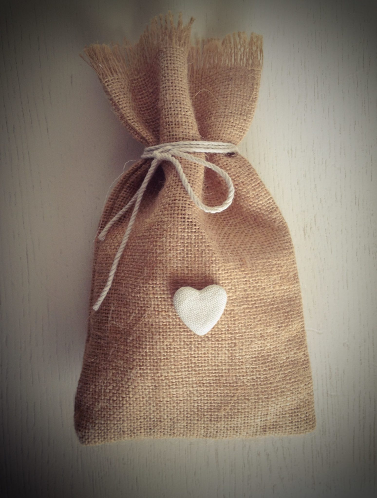 The Rustic Wedding-favor-pouch